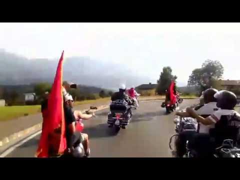 """Me kostume popullore mbi """"Harley"""" në Austri - Top Channel Albania - News - Lajme"""