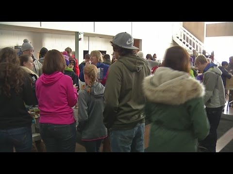 Hundreds turn out for MLK Jr. day of service