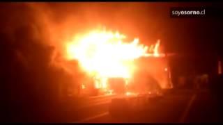 Un incendio consumió el edificio de Cardenal Samoré