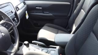 Mitsubishi Outlander ES Videos