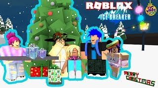 WACKY PACK FAMILY GAMING ICE BREAKER CHRISTMAS BATTLE | ROBLOX PRO MVP TEAM CHALLENGE