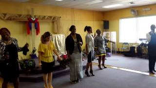 "Revelation Ministering ""Free Worshipper"" Todd Dulaney 8/2/15"