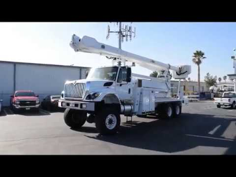 2013 International 7400 6x6 Altec AM900-E100 105' Elevator Bucket Truck