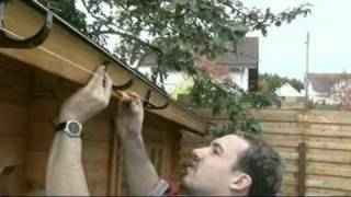 видео Водосток для крыши своими руками