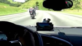 Audi R8  V10 vs Bikes