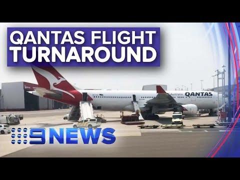 Qantas plane makes