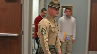USO Provides Last Touch of Civilian Life Before Bootcamp