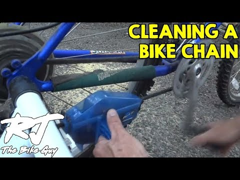 Cleaning And Lubricating A Bike Chain
