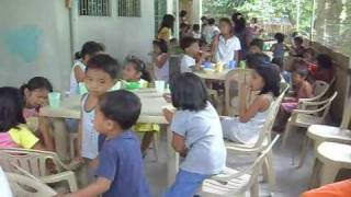 Kids Learn Discipline By Cuing Up