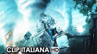 Into The Storm Clip Ufficiale Italiana 'Sono Ovunque' (2014) - Steven Quale Movie HD