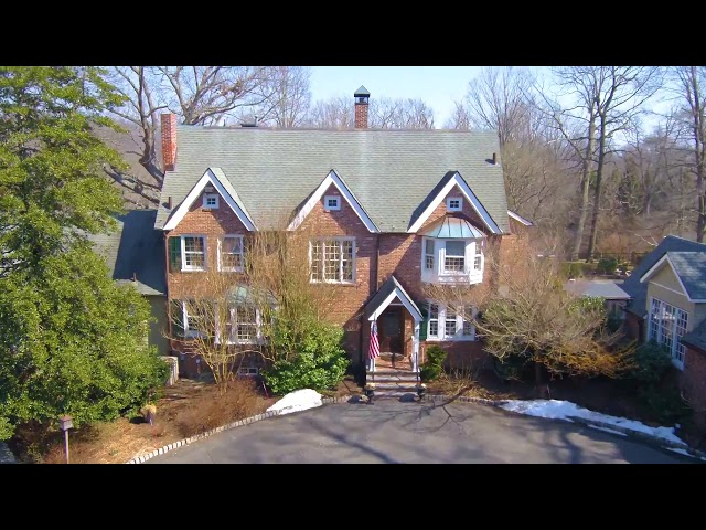 452 Locust Point Road, Rumson, New Jersey | Heritage House Sotheby's International Realty