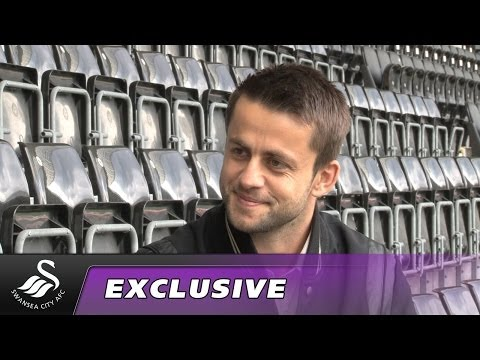 Swans TV - Exclusive: Lukasz Fabianski signs for Swans