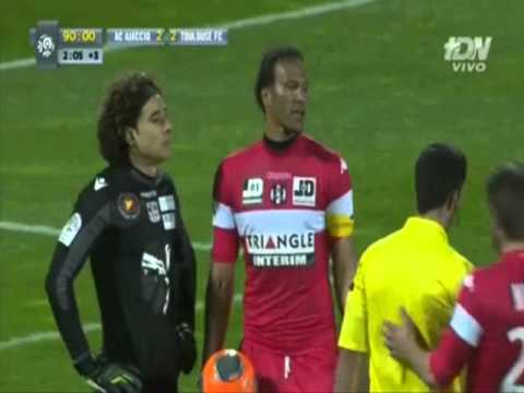 Memo ochoa ataja penalty (Ajaccion 2-2 Toulouse*) TDN Marzo 2014