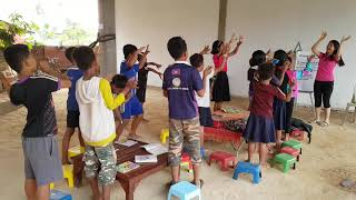 Cambodian Kids Sing a Bible Song
