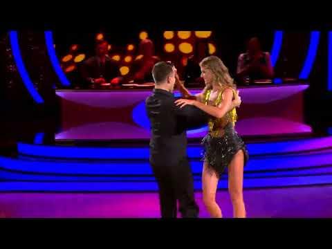 Daniela Hantuchová a Erik Ňarjaš - Cha Cha | 1. kolo