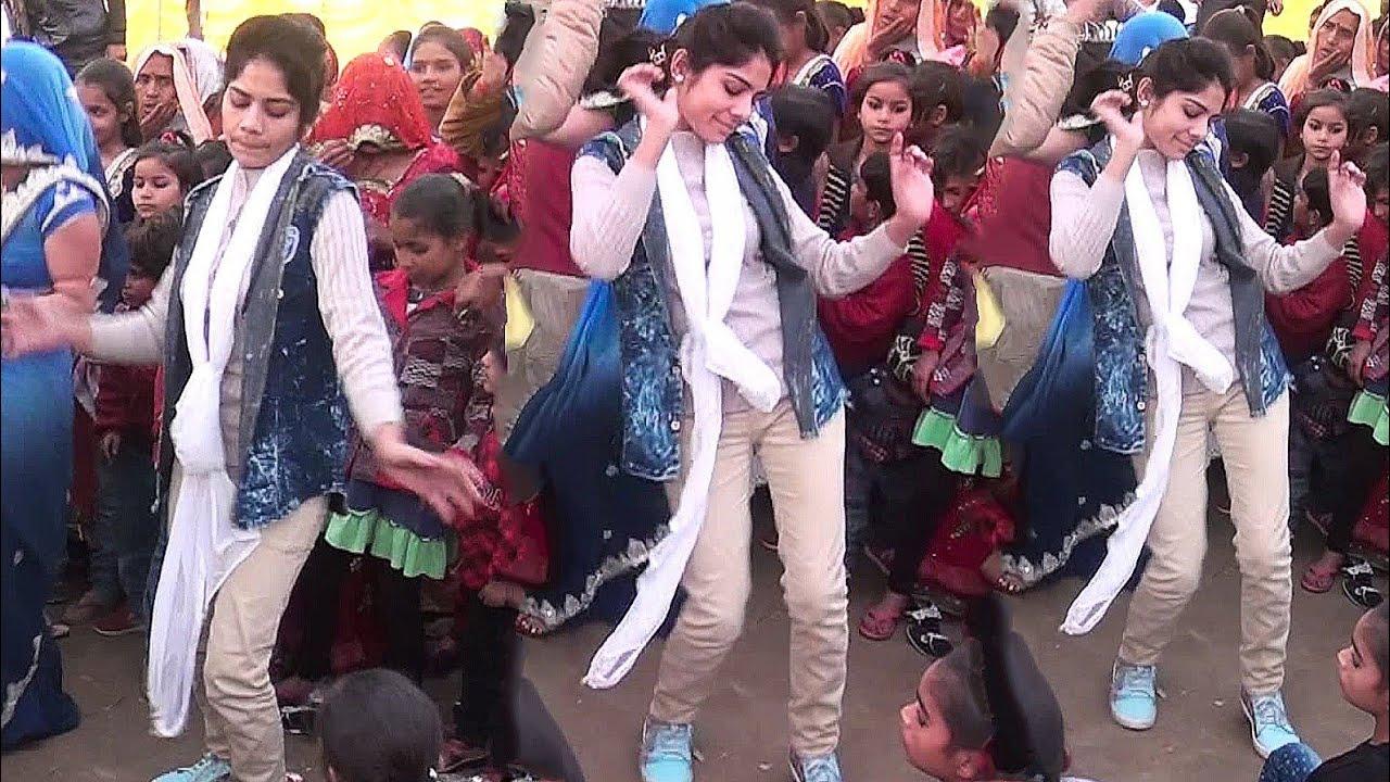 लड़की का लांगुरिया पर तूफानी ड्रांस//लांगुर मत खेलो पत्ता$$Ravita shastri #9411439973