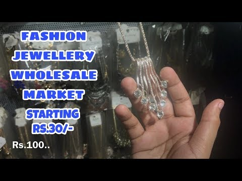fashion-jewellery-wholesale-market-,ethnic-jewellery,-fancy-clip-and-hair-bands,(sadar-bazar)..