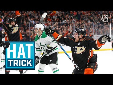 Ondrej Kase nets first NHL hatty to rally the Ducks back in win