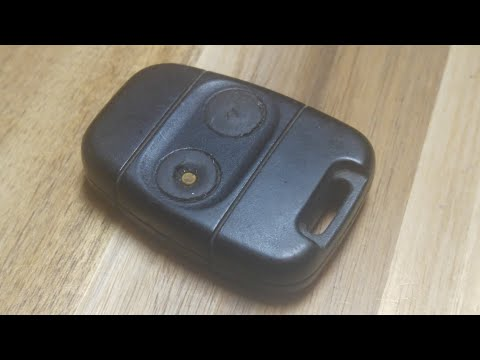 Land Rover Discovery 90 / 110 Key Fob Battery Replacement – EASY DIY