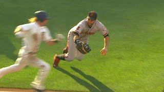 SF@SD: Belt gets the out after Bochy challenges