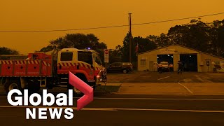 Australia fires: Strong winds hamper efforts to control flames