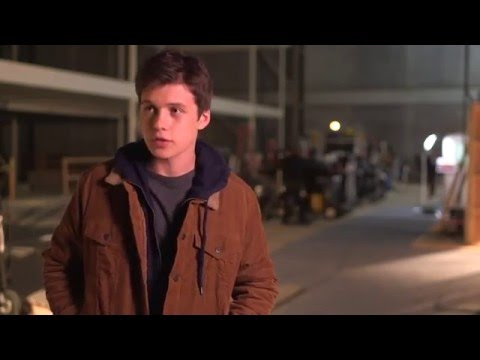 "The 5th Wave: Nick Robinson ""Ben Parish/Zombie"" Behind the Scenes Movie Interview"