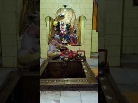 Om jayanti mangala kali bhadra kali kripalini Swaha.swadha.namastute