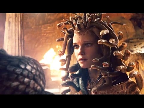 Fight Against Monster Medusa - Clash Of The Titans Clip (2010)