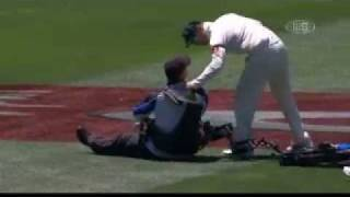 cameraman crashes segway,melbourne cricket ground(aus vs india boxing day test match)