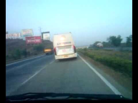 Volvo bus B7R top speed racing India 125kmh.mp4