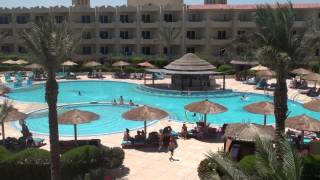 Amwaj Blue Beach Resort & Spa - July 2014 - In the afternoon Thumbnail