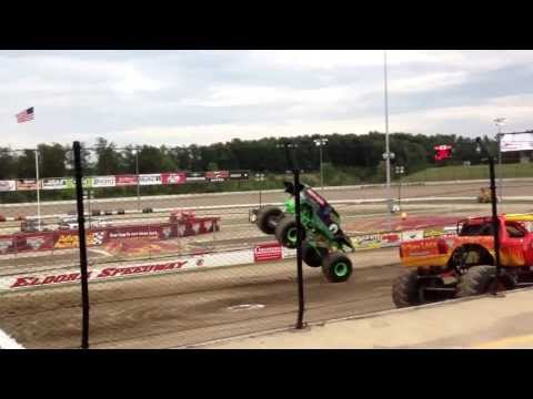 Grave Digger Intro Friday