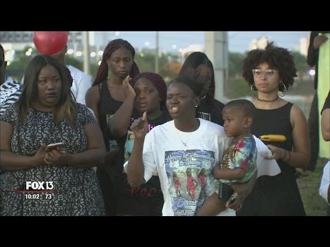 Families filing suit against sheriff for pursuit that led to teens' drowning