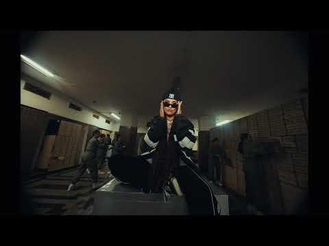 Смотреть клип Agnez Mo - F Yo Love Song
