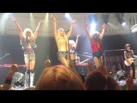 Ke$ha - Warrior Tour