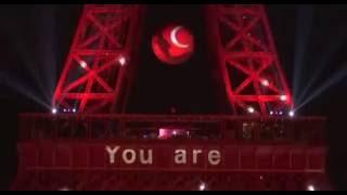 Eyfel Kulesi Kırmızı Beyaz Türkiye! En Büyük Türkiye!