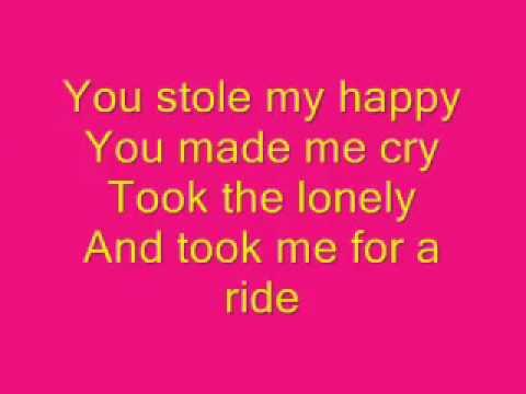 Carrie UnderWood Undo It -Lyrics.