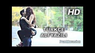 Öpüşme Cezalı Oyun Türkiye (Türkçe Altyazılı 2018) sokak ortasında Sakso!!(penisini yalıyo)