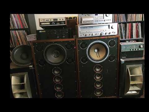 Epic Estate Sale! Vintage Stereo Equipment, Analog Audio, Vintage Collectables, And More!