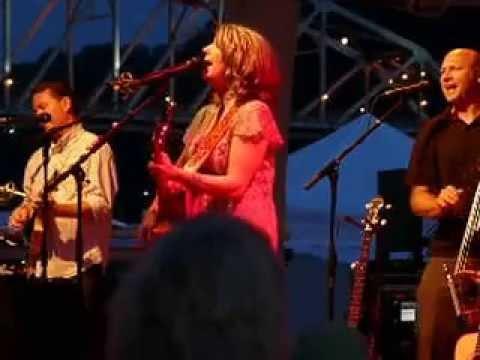 Kathy Mattea sings 455 Rocket at FestivAll