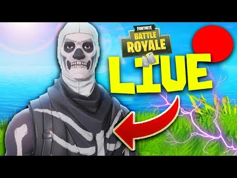 🔴 LIVE - Fortnite Battle Royale !! RIUSCIREMO A VINCERE LA PRIMA IN LIVE?!