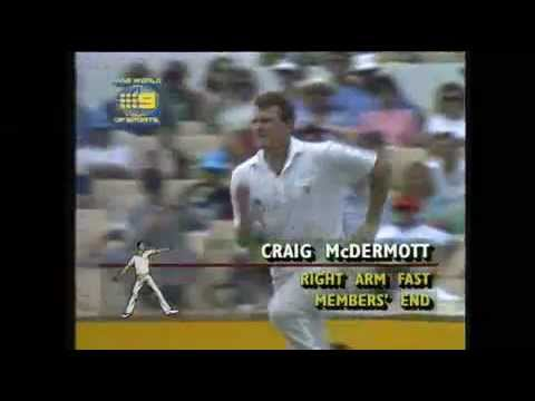 Phil Simmons almost drags a Mcdermott bouncer onto the stumps!