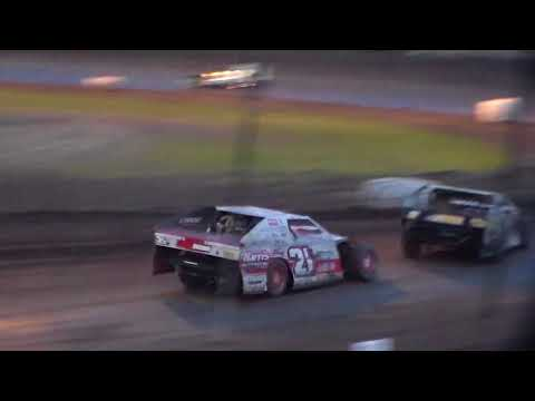 Modified Bmain 2 @ Hancock County Speedway 08/12/17