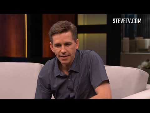 """NCIS' star Brian Dietzen On The One """"Person"""" He Wishes He Could Be"""