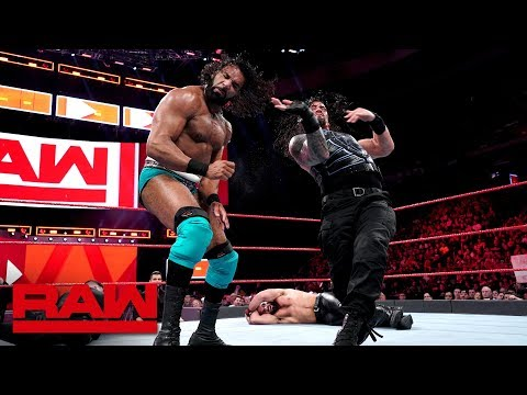 Roman Reigns & Seth Rollins vs. Kevin Owens & Jinder Mahal: Raw, May 21, 2018 thumbnail