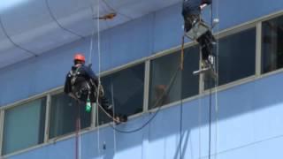 Клининг фасадов в Москве(Мытье фасадов зданий в Москве компанией Чистый Мир: http://chistiy-mir.ru/mojka-fasadov/, 2015-04-20T12:15:44.000Z)