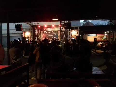 Stand Here Alone - Mantan ( Live Music Nicetime Cafe Purwokerto )