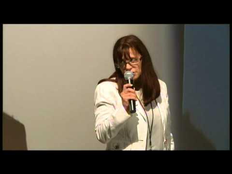 TEDxBordeaux - Corinne Lozé - Internet en Afrique