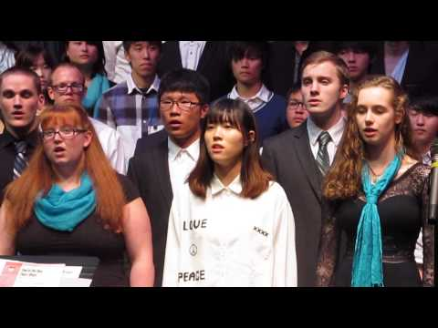 Green River Community College sings Hallejulah