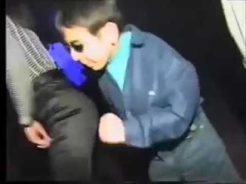 Niño bailando electro (Welcome to ibiza)